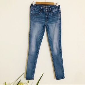 American Eagle outfitters Low-Rise Jegging Size 6